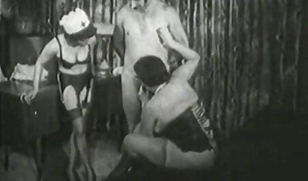cô phim xec trưc tuyên gái khỏa thân nhảy tắm