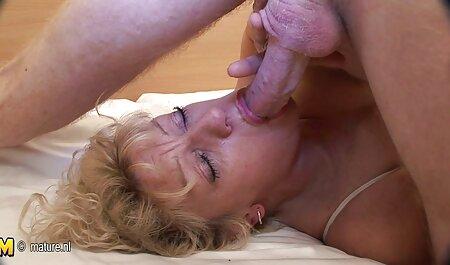 Big Titty Maggie Green Plays in phim xec xx Kitchen!