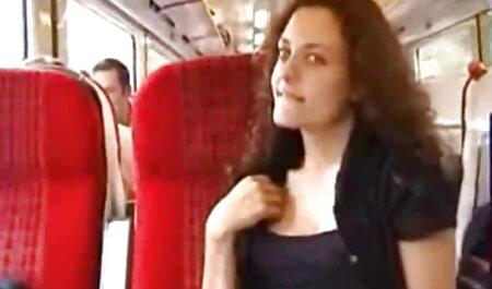 Vô tội brunette Hana fucks và được một phim xeccom hậu môn creampie